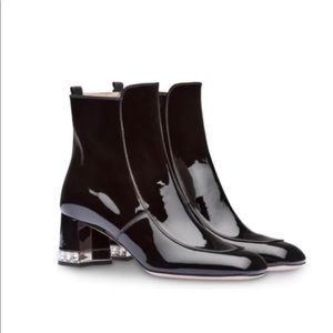 New Miu Miu Patent Boots Shoes - with flaw